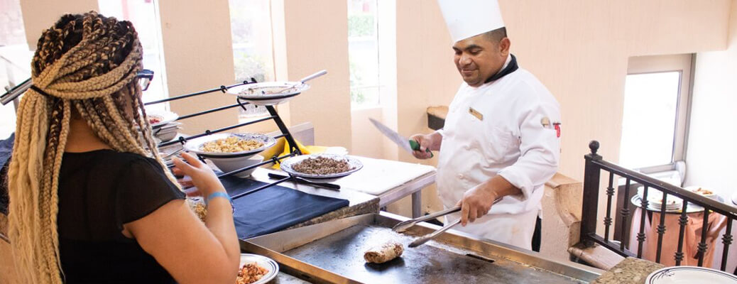 omelettes al momento en royal solaris cancun