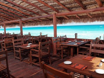Cancun restaurant Bogavante at Royal Solaris Cancun