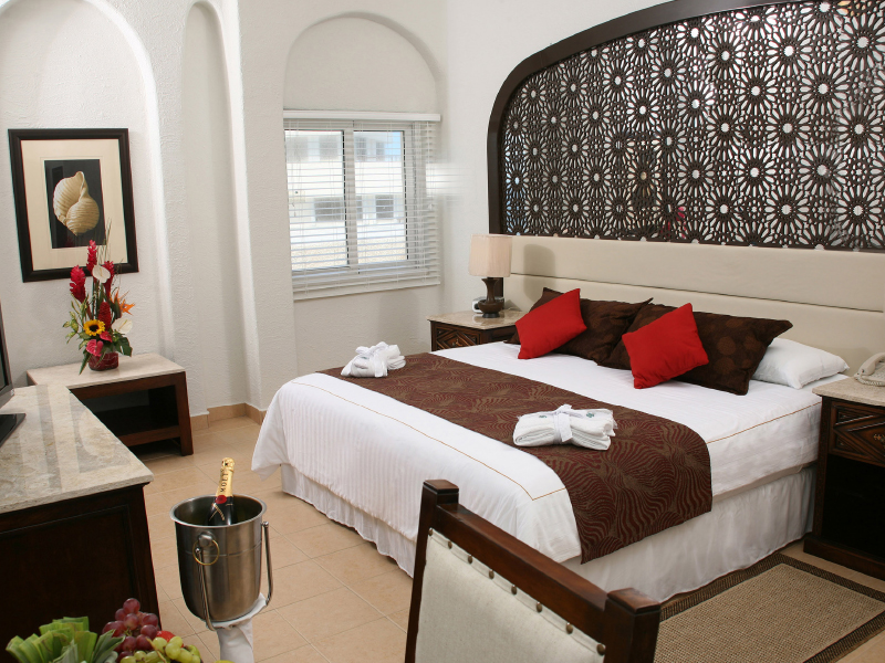 Ocean view suite at gr solaris beach and marina all inclusive resorts