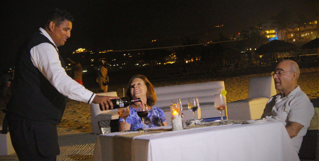 The Full Moon Dinner at Royal Solaris Los Cabos